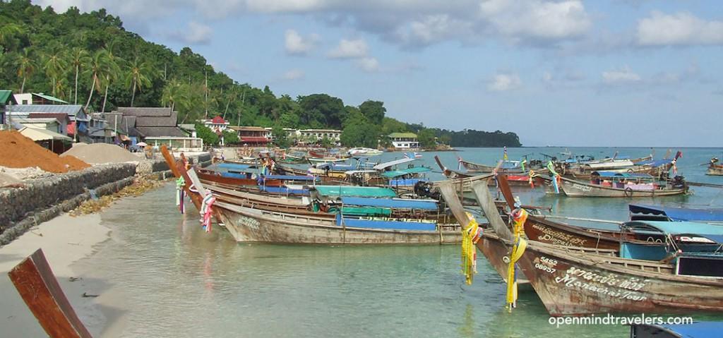 koh-phi-phi-thailand-tonsai-pier