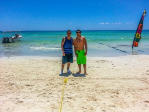 playa-del-carmen-beach-friends