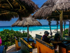 beach-cancun