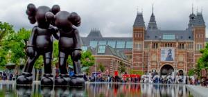 Amsterdam-kaws-art-iamsterdam