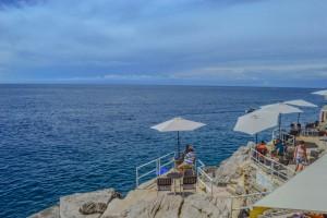 cliff-diving-dubrovnik
