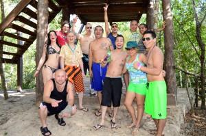friends-adventure-cancun