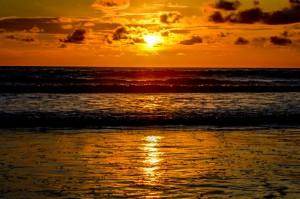 Sunset-Bali-Seminyak-La-Plancha