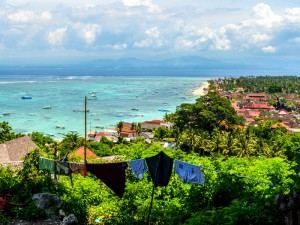 Lembongan-Coast-Beach-Bali