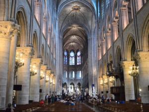 Notre-Dame-inside