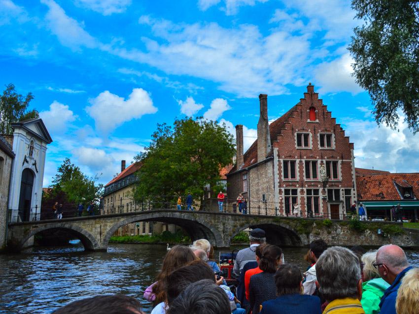 canal-tour-bruges