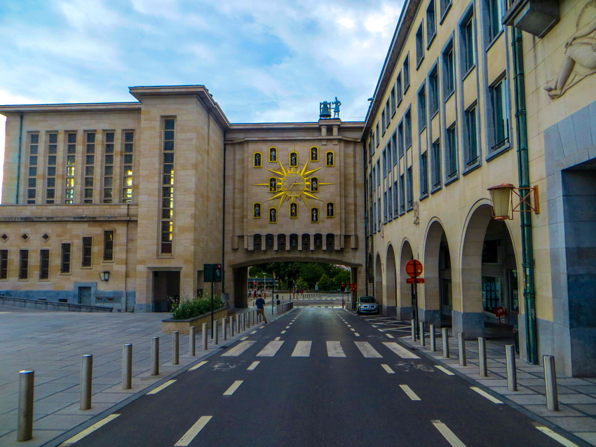 Brussels-clock