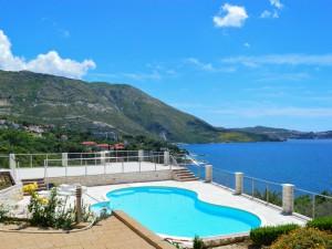 Dubrovnik-croatia-pool-view