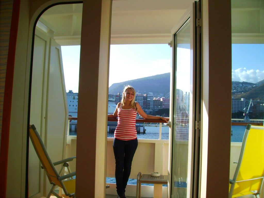 Why i love cruise trips open mind travelers for Cruise balcony