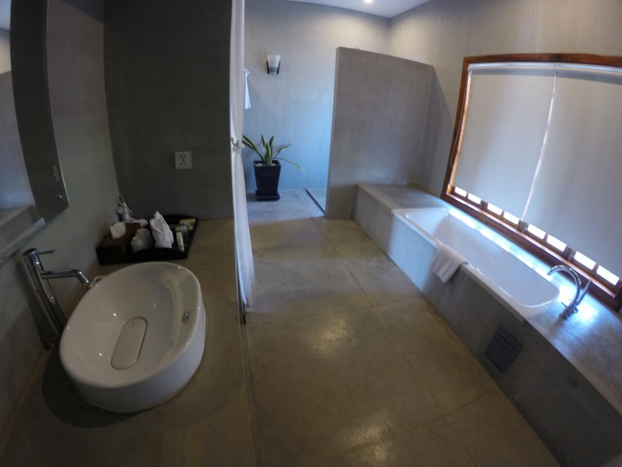 bathroom-tresor-d-angkor