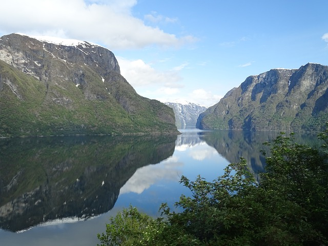 fjords-norway-travel-bucket-list