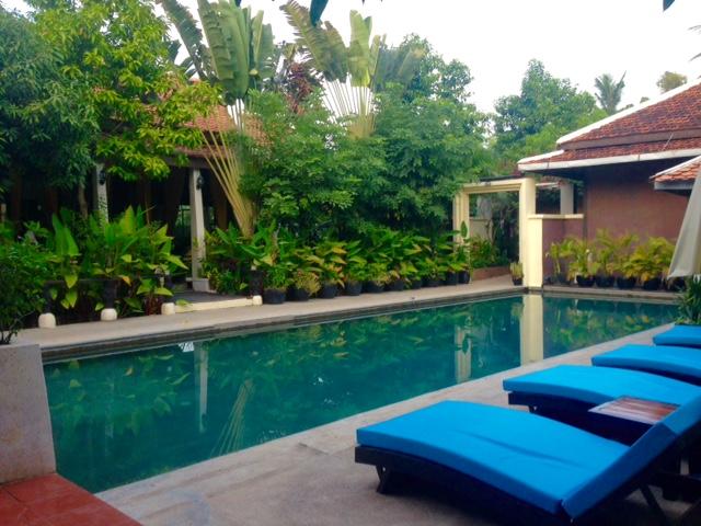 pool-sanctuary-villa-battambang