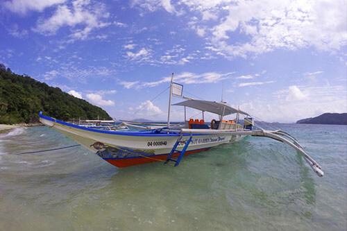 philippines-cacnipa-island-boat