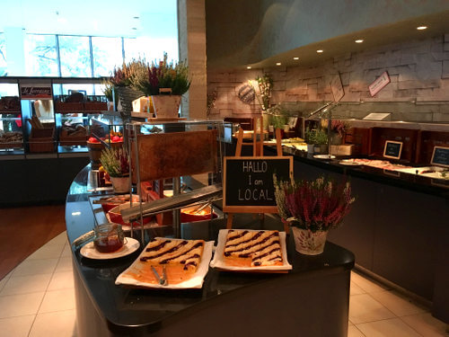 breakfast-buffet-andels-prague