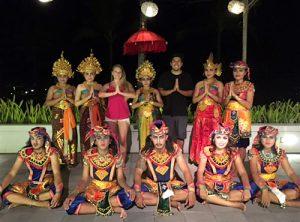 bali dance inaya